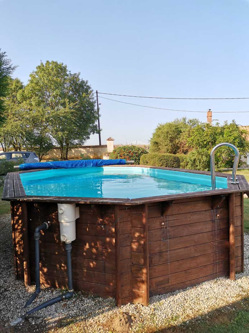 la piscine des chambres d'hotes